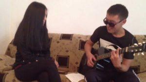 Копия видео Askhat - Zhanym sol[cover Son Pascal]