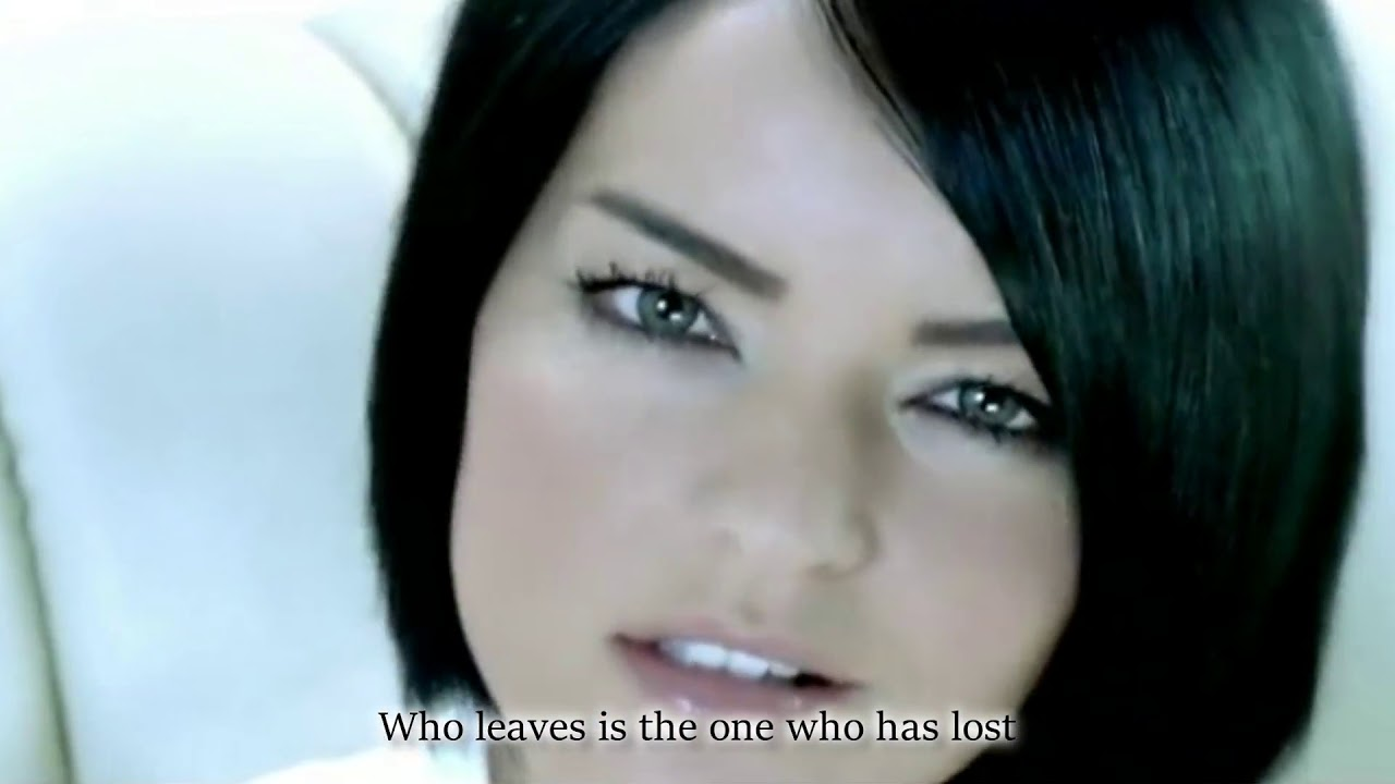 Bengü - Unut Beni [English Lyrics]| Netd Müzik Video| Turkish Song