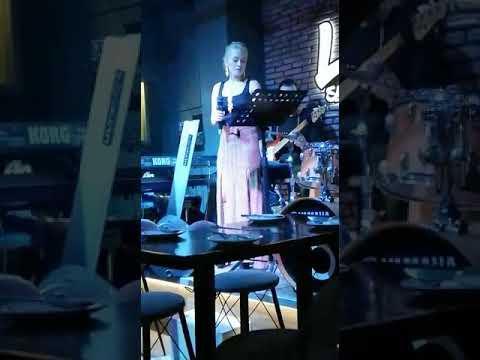 Cansu Özcan - Tarifi Zor (Soner Sarıkabadayı - Aysel Yakupoğlu) #müzik #keşfet #netdmüzik