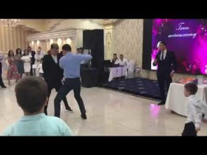 вот как проходит казахская свадьба